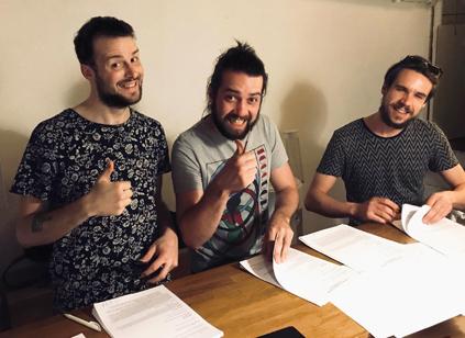PHOTØGRAPH signe chez Complice en édition